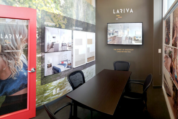 Lariva Presentation Centre by Boltis